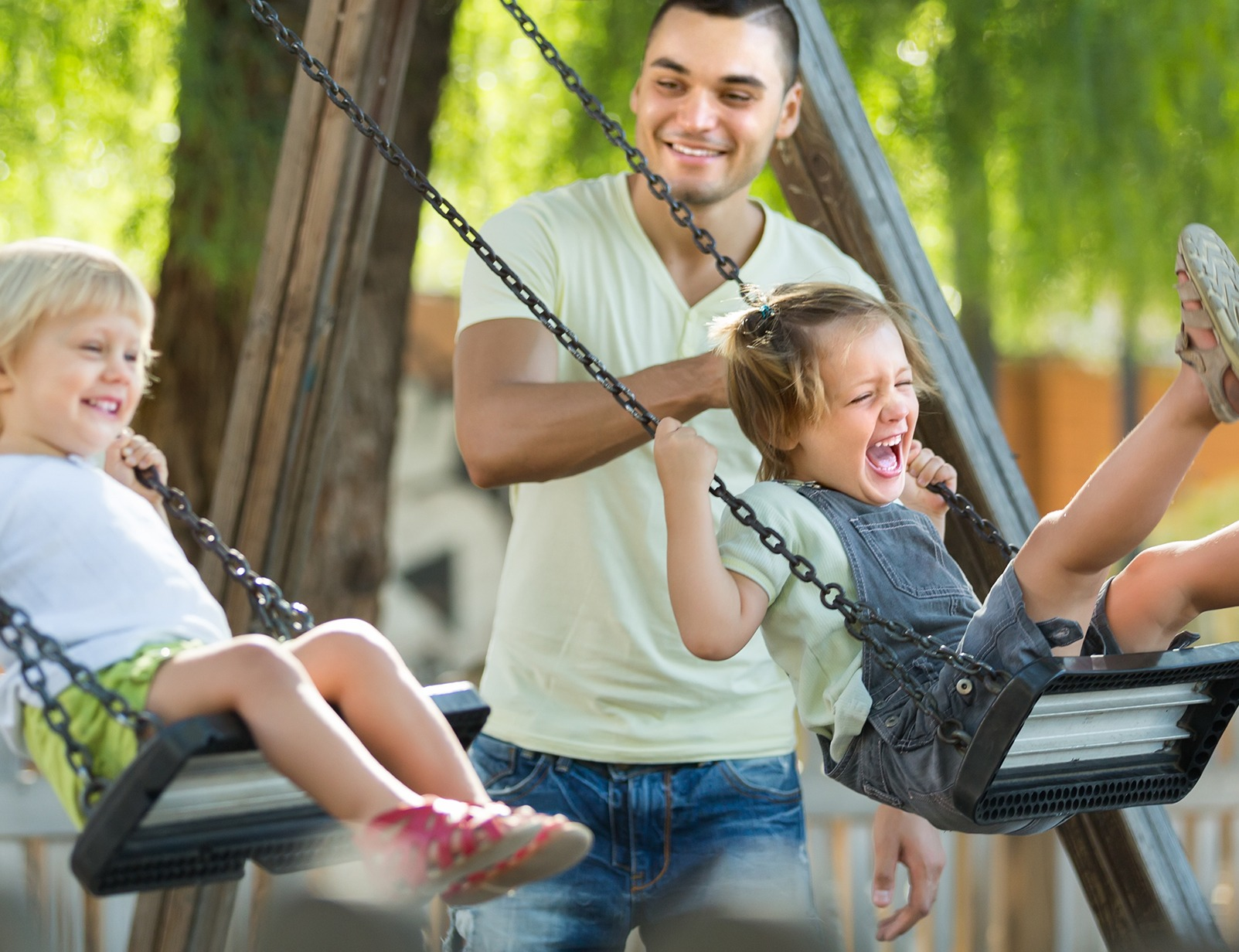 fun_on_swings_in-home_child_care_zest_care